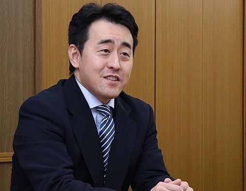 日栄工業 代表取締役